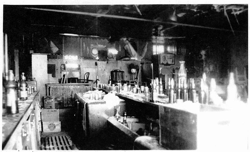 The Bar at the Famous Door